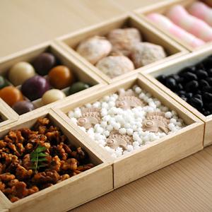 見てるだけで幸せ。かわいい和菓子がいっぱい。「お菓子のおせち」