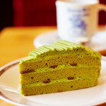 《西尾の濃い抹茶》さんかくケーキを販売!!お近くのコメダ珈琲店で味わえます